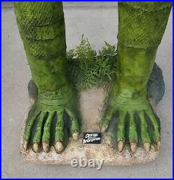 Creature from the Black Lagoon Lifesize Statue 11 Scale