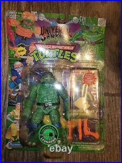 Universal Studios Monsters TMNT Creature from the Black Lagoon Leonardo with Card